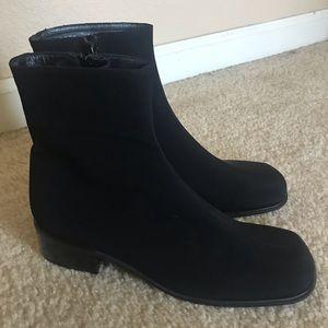 Stuart Weitzman  Gote-Tex Ankle boots